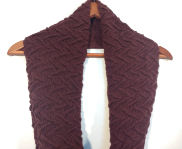 Maroon  Cable knit scarf