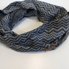 Zig-zag knit infinity scarf
